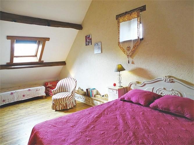CS710 - 4 personas - 2 habitaciones - 2 espigas - Beissat