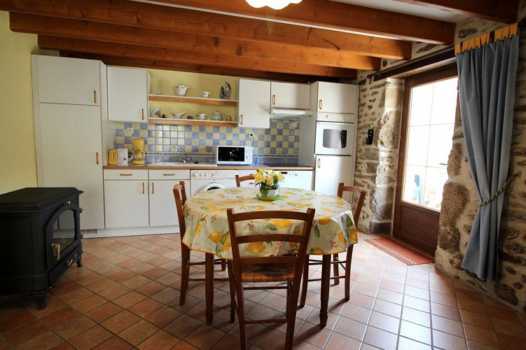 874041 - 5 personas - 2 habitaciones - 3 espigas - Bersac sur Rivalier
