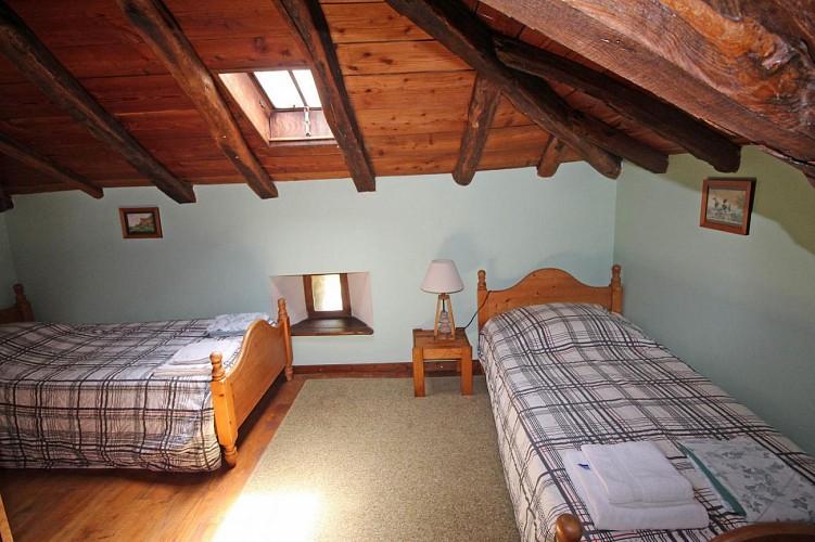 """877092 - 8 people - 4 bedrooms - 3 """"épis"""" ears of corn - Champagnac la Rivière"""