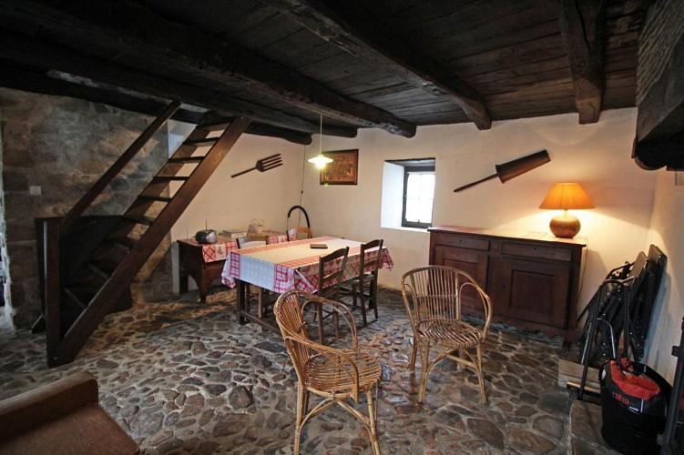 876406 - 2 people - 1 bedroom - 1 'épi' (ears of corn) - St Priest Ligoure - fiche 2012