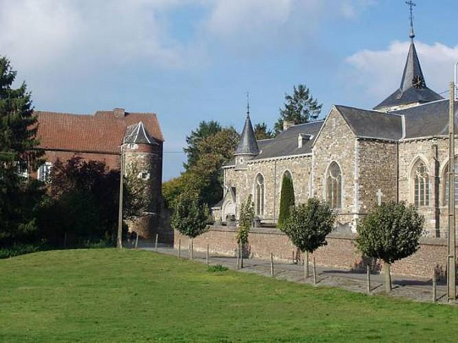 L'église Saint-Pierre et l'enclos paroissial