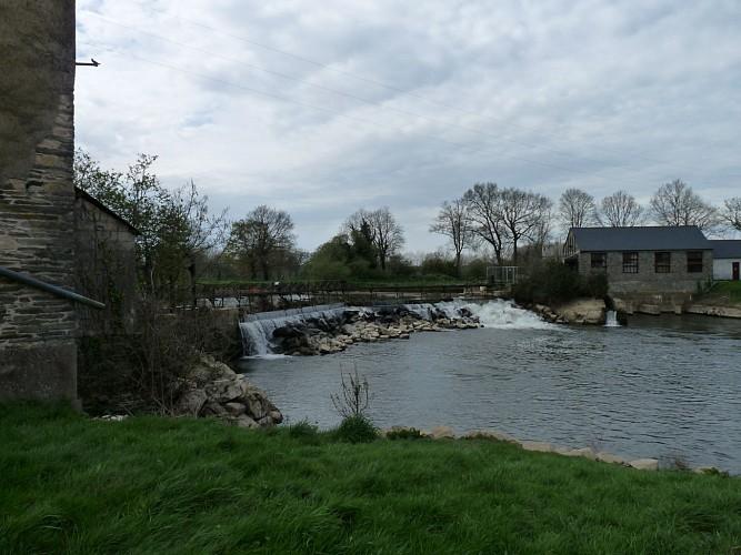 Le moulin à eau de la Née
