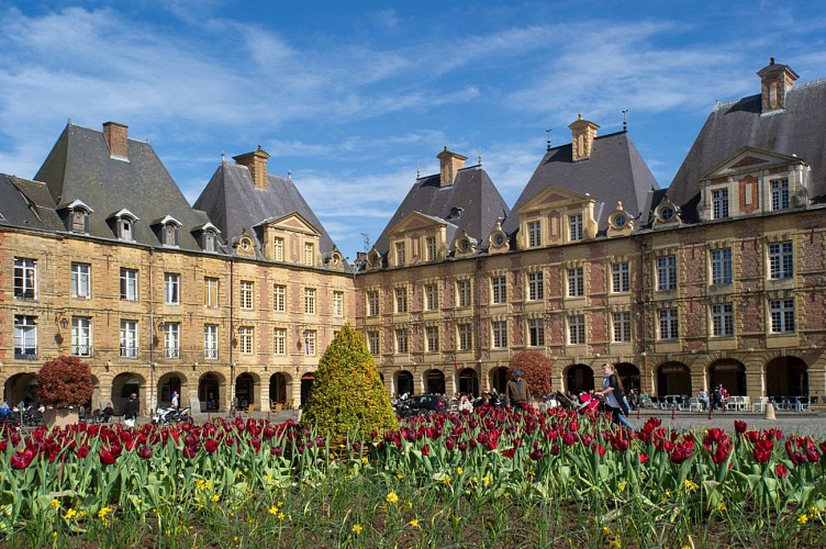 The Place Ducale