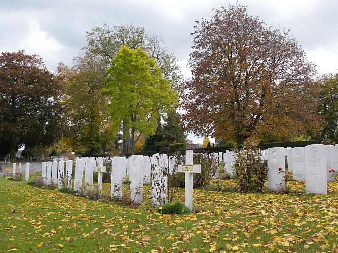Mons Communal Cemetery