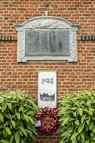Gedenkteken aan het station Obourg