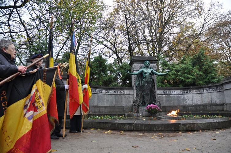Monument on the Place du Parc