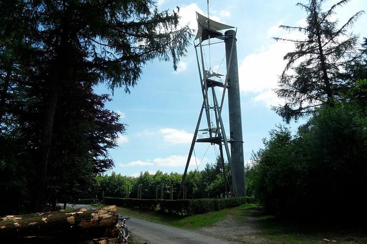 La Croix Scaille et le sentier des Elfes à Willerzie