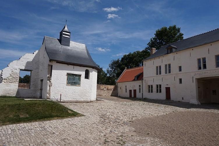 Ferme d'Hougoumont extérieur (3)