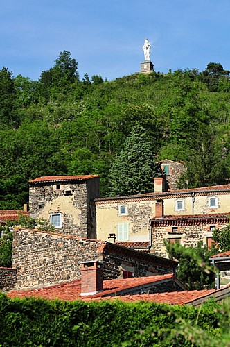 """Usson, """"Most Beautiful Village of France"""""""