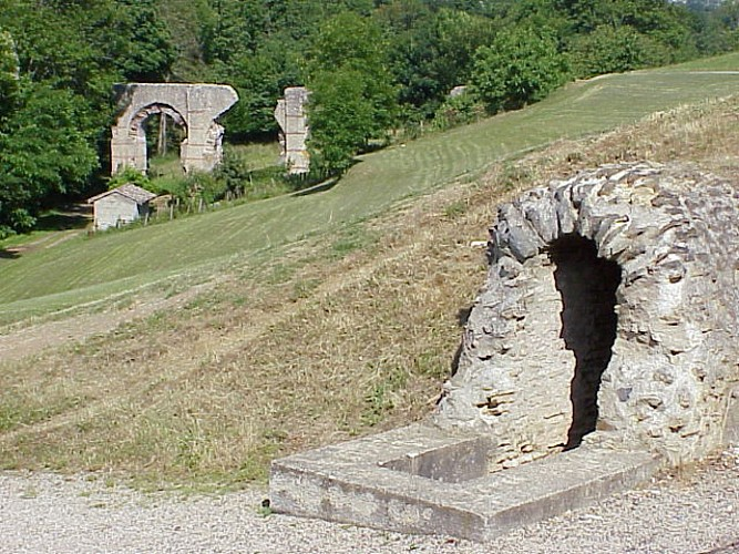 N°6 : aqueduc romain du Gier