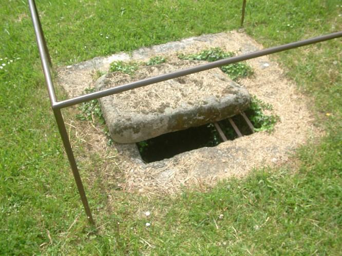 N°7 : Canal et puits de regard de l'aqueduc romain du Gier