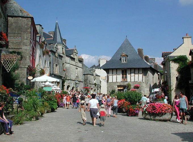 Rochefort-en-Terre à Questembert   23 km
