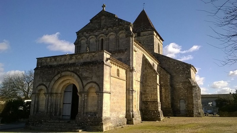 L'église romane de Saint-Philippe d'Aiguille