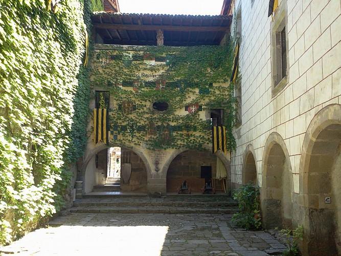 Castle of Saint Michel d'Avully