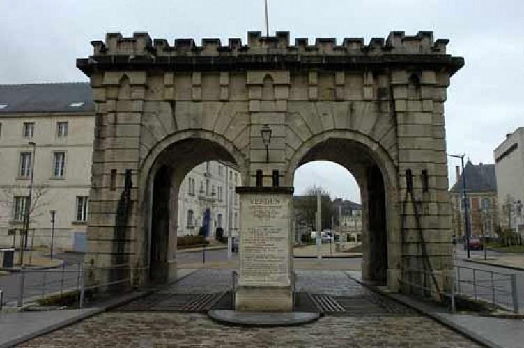 Ch teau glise et abbaye la porte st paul verdun for Porte et fenetre verdun st isidore