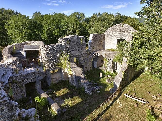 Quirieu, medieval site