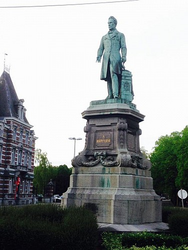 Statue de Joseph Lebeau