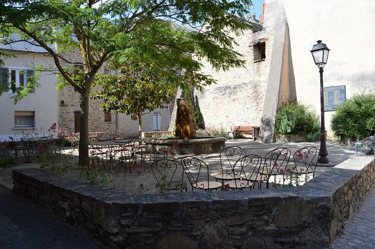 Place Marcelin Cazals.