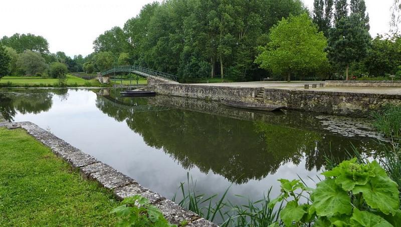 Port du Village de Vanneau