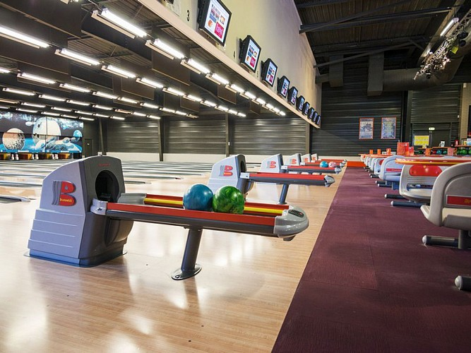 Vire Bowling Alley - La Table Restaurant