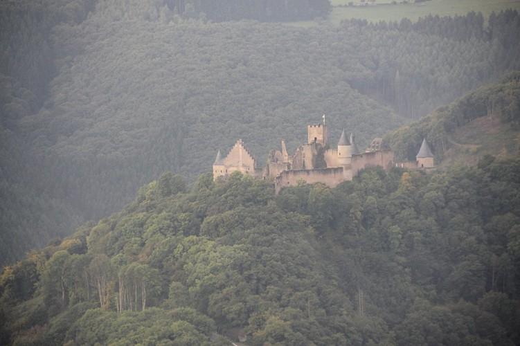 Le  château de Bourscheid
