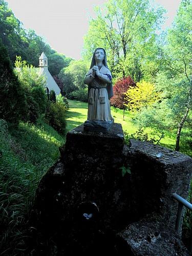 Brandivy, Grotte et Chapelle Notre Dame de Lourdes