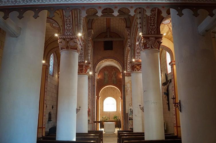 Ch teau glise et abbaye l 39 glise saint gervais saint for Piscine de civaux