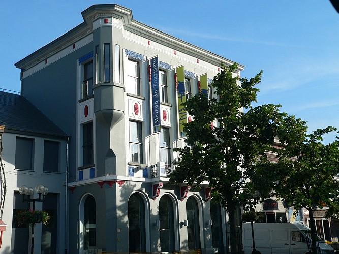 Maison du tourisme du Parc des Canaux et Châteaux