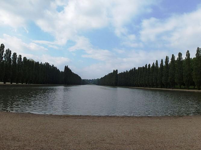 Point de vue (grand canal du Parc de Sceaux)
