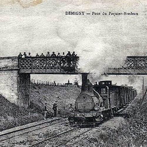 Ancien pont de la voie ferrée du Paquier Bredeau