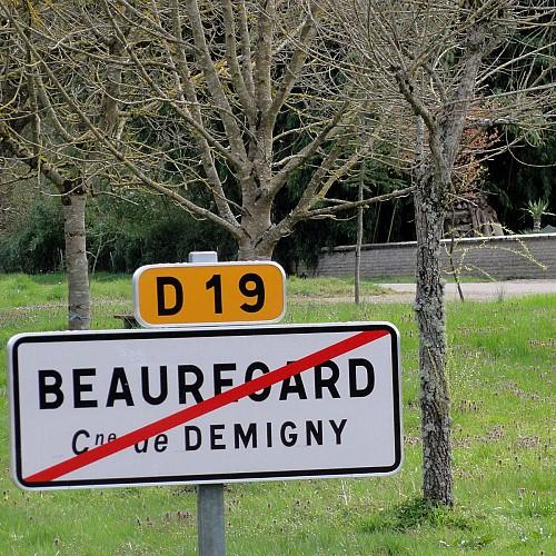 Départ itinéraires balisés de Beauregard.