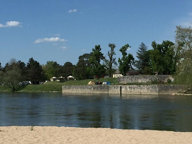 Chatillon sur Loire-Camping municipal des Combles - vue générale