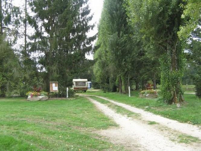 Aire Naturelle Municipale Les Farnaults