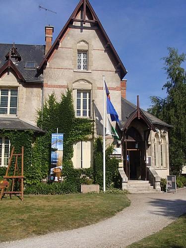 Offices de tourisme oti val de loire foret d 39 orl ans bureau de jargeau jargeau - Office de tourisme val de loire ...