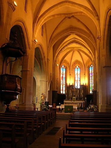 Eglise collégiale (XIe / XIIIe/ XVe siècle) (Classée Monument historique, 1920)
