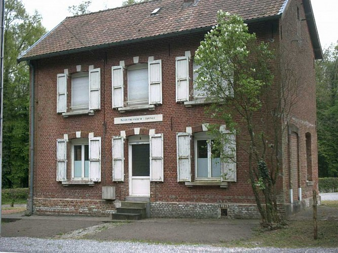 1 - Maison Forestière Wilfred Owen