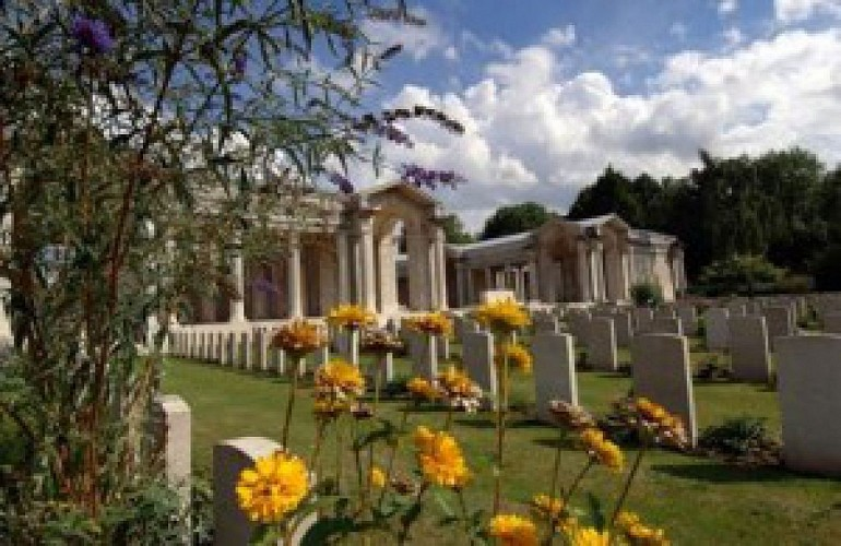 Faubourg d'Amiens Cemetery, Arras Memorial, Arras Flying Services Memorial
