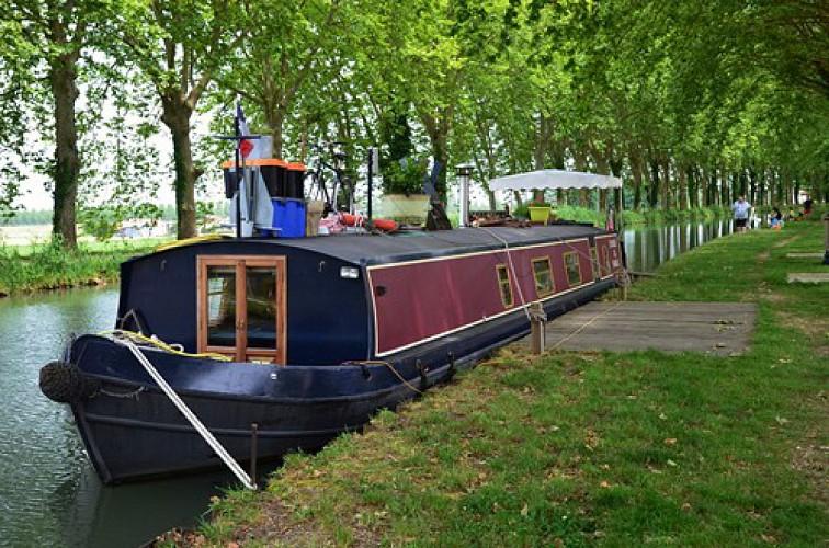 Canal à Fourques-sur-Garonne
