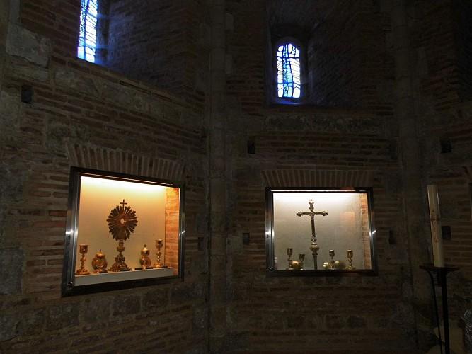 Le baptistère et le trésor