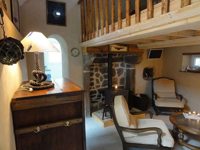 Furnished guest house