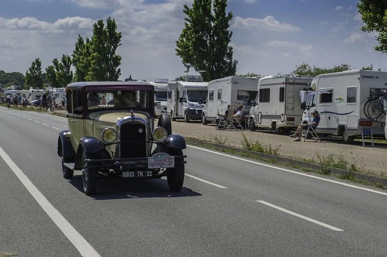 AIRE DE LA BÔLE DE MERQUEL - AIRE DE STATIONNEMENT CAMPING-CAR