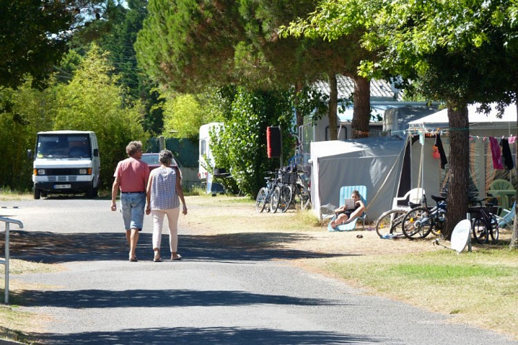 CAMPING MUNICIPAL LE CLEIN
