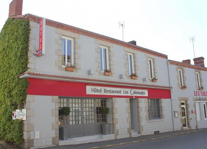 HOTEL-RESTAURANT LES COLONNADES
