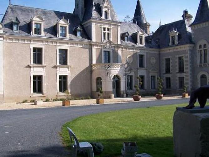 HÔTEL-RESTAURANT CHÂTEAU DE LA BARBINIÈRE