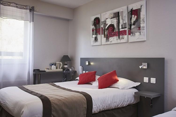 HOTEL-RESTAURANT AUBERGE DE LA BRUYERE