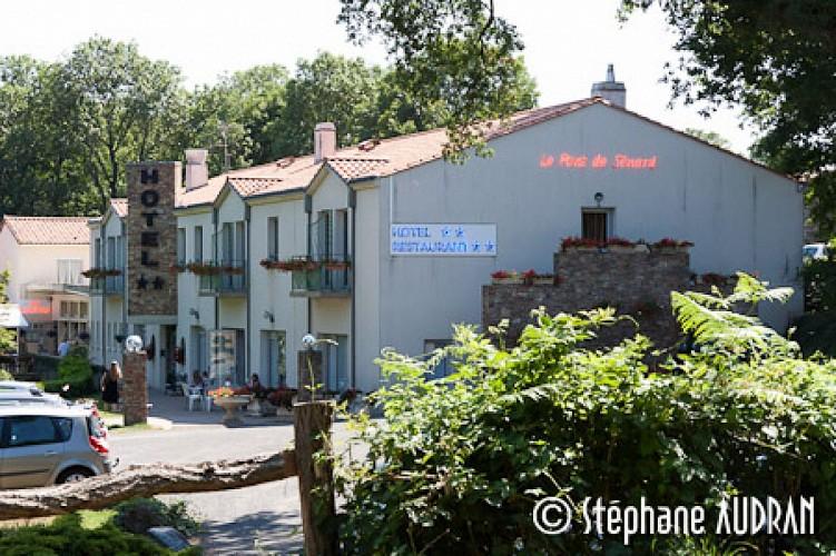 HOTEL LE PONT DE SENARD