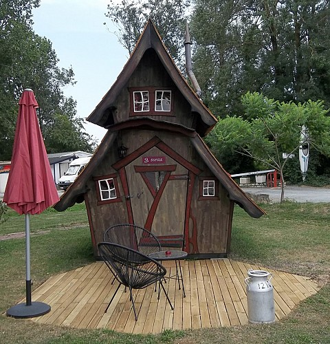 CAMPING LE PETIT BOOTH
