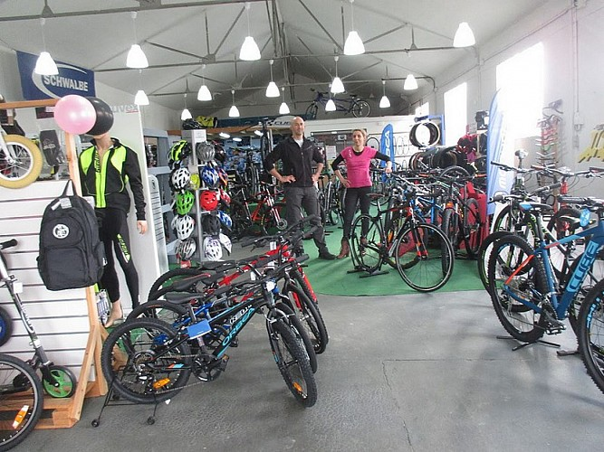 CYCLE-OBSESSION.COM - GENNES