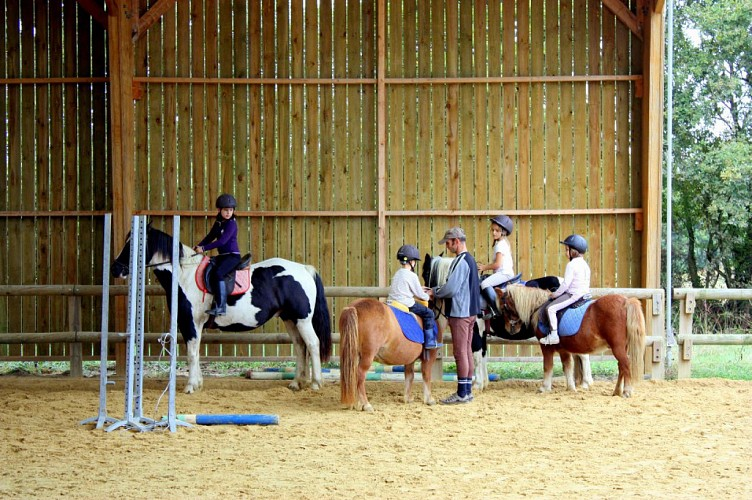 CLUB HIPPIQUE - PONEY-CLUB DE BLAIN - ECURIE PASCAL LEROY