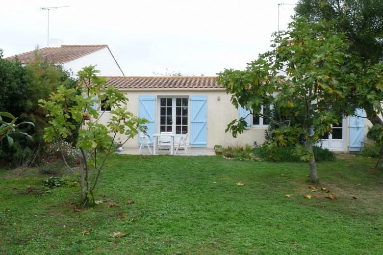 Maison avec agréable jardin arboré à Barbâtre sur l'île de Noirmoutier